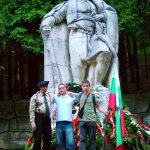 Пред паметника на Хаджи Димитър